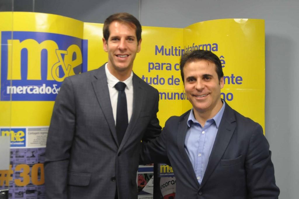 Raul Rivas, gerente de Vendas do FC Barcelona, e Joan Romero, diretor da Agência Catalã de Turismo para a América do Sul