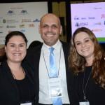 Thais Lima e Maria Lahr, do Senac, e Roberto Gracioso, do Hotel Century Paulista