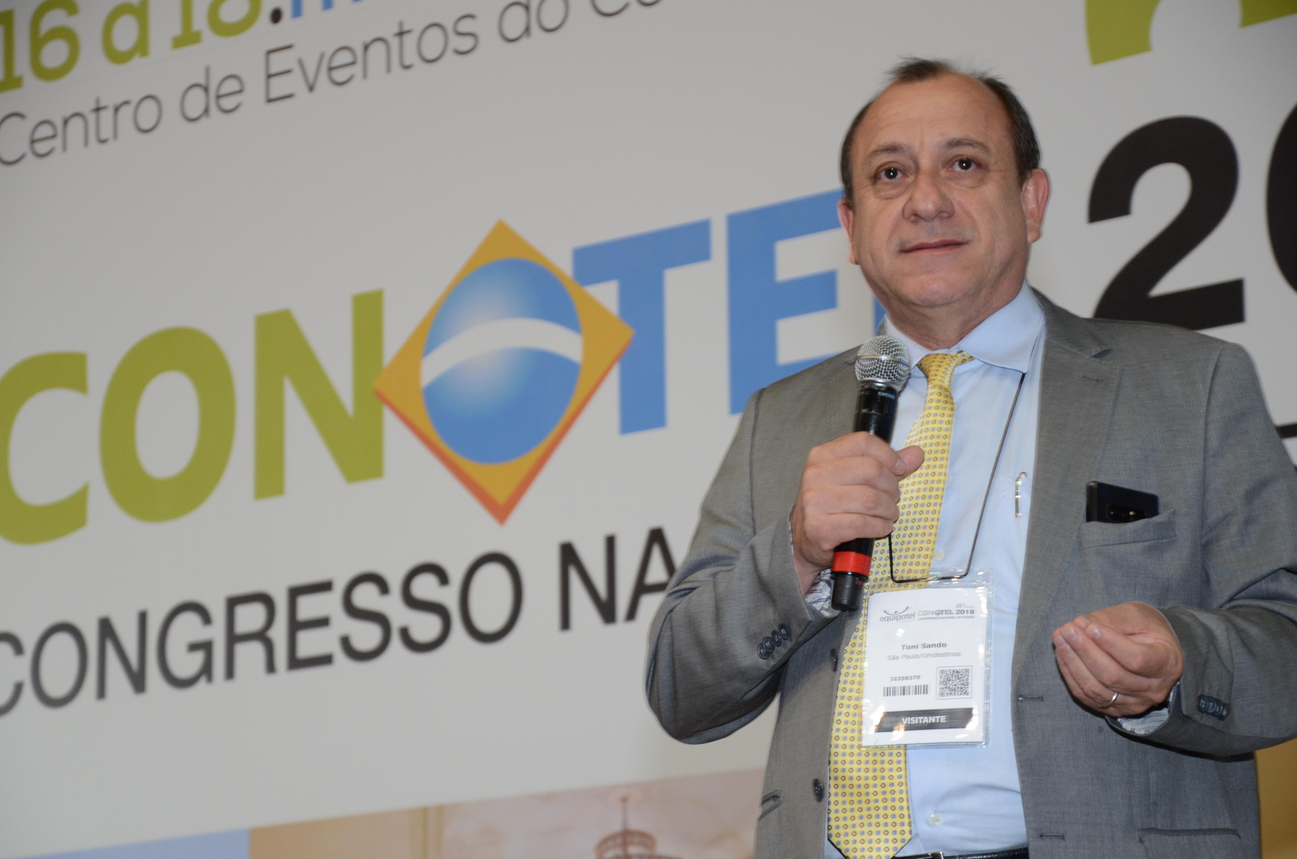 Toni Sando, presidente da UNEDESTINOS e  SPCVB
