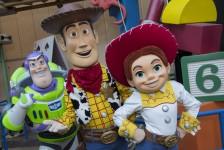 Toy Story Land será inaugurado no próximo dia 30; veja detalhes