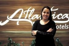 Gerente sênior da Atlantica renova Certificação Global de Hospitalidade