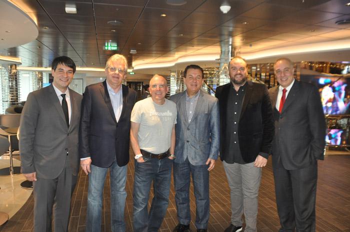Ignacio Palacios e Roberto Afonseca da MSC, com Edmar Bull, Aldo Leone Fiho, Valter Patriani e Rodrigo Stocco