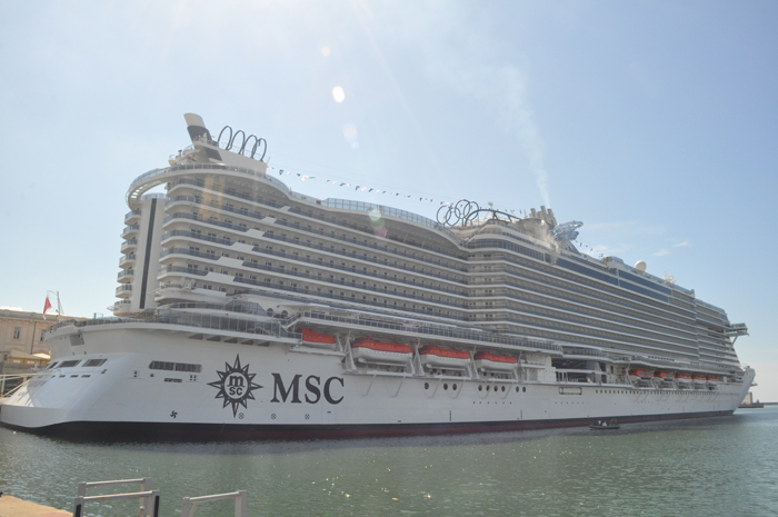 MSC Seaview no Porto de Gênova