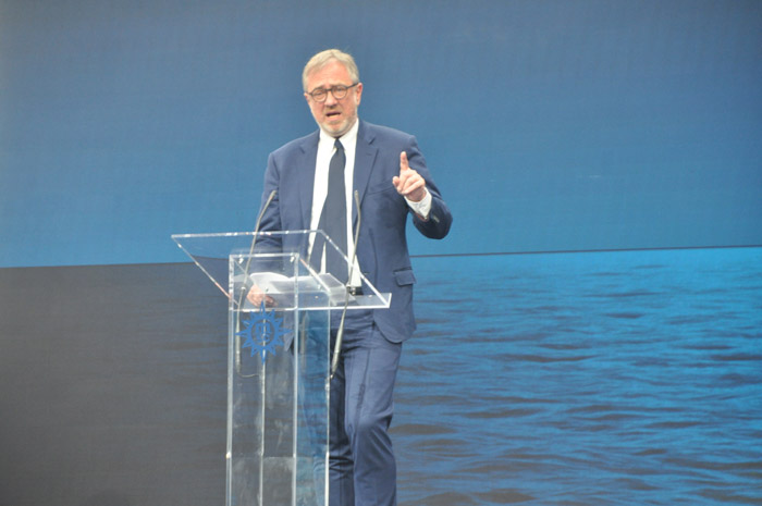 Presidente executivo da MSC Cruzeiros, Pierfrancesco Vago, foi o primeiro a discursar