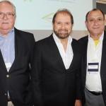 Roy Taylor, do M&E, Guilherme Paulus, da GJP, e Toni Sando, da Unedestinos