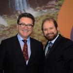 Vinicius Lummertz, ministro do Turismo, e Guilherme Paulus, da GJP