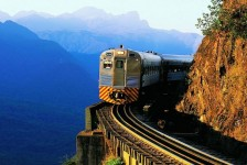 Serra Verde Express evita descarte de mais de 12 mil canudos por mês