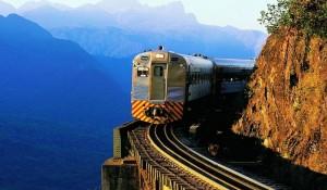 Abav-PR pleiteia viagens diárias de trem entre Curitiba e litoral paranaense