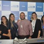 Claudia Silva, Nara Abreu, Alzira Ribeiro, Mariana Trevizan e Gabriela Cicone, da Copa Airlines, com o influenciador digital Victor Costa