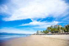 Coronavírus: México fecha praias e mais de mil hotéis suspendem operações