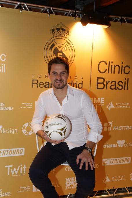 Ex-jogador Sávio é Padrinho da Fundação Real Madrid