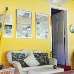 A história do escritor e da casa em quadros na entrada da atração