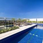 Compondo o centro de lazer do Royal Palm Tower Anhanguera temos a piscina