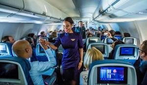 Delta abrirá 1 mil vagas para comissário de bordo