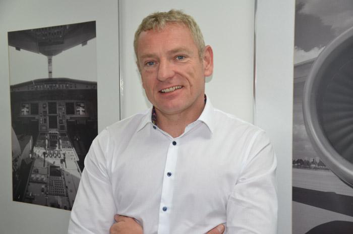Edgar Lacker, CEO da Aviareps