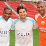 Fernando Gagliardi, diretor de Vendas e Marketing da Trend, com César Sampaio e Junior Baiano
