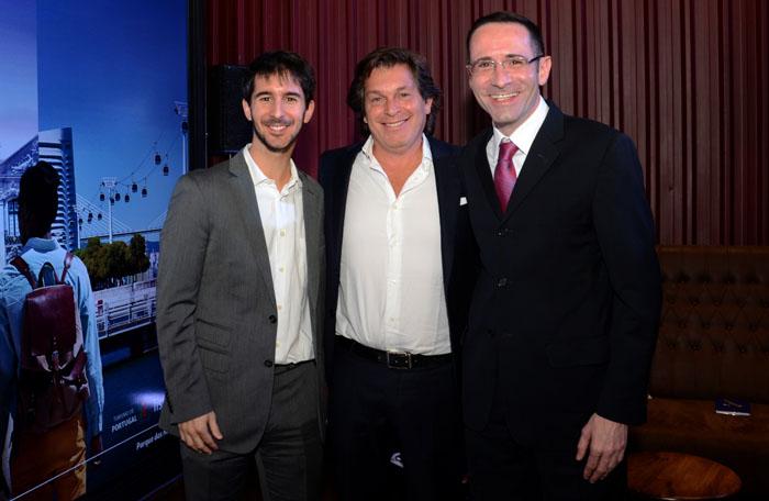 João Pita, da GRU, Bernardo Cardoso, do Turismo de Portugal, e Daniel Aguado, da Latam