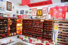 M&E conhece maior coleção de carros de brinquedo do RJ; veja fotos