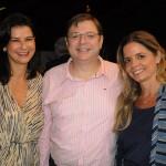Simone Sá e Ricardo Silva, da American, com Cristiana Campos, da Rio Travel