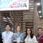 Ana Cristina Zandavalle, diretora de Marketing da Santur, com equipe de SC