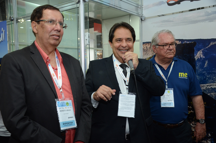 8d6272a56 Benedito Braga, subsecretário do Turismo da Bahia, José Alves, secretário  de Turismo da