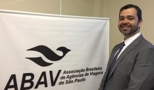 Abav-SP fecha convênios com instituições educacionais