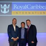 Michael Bayley e Gavin Smith, da Royal Caribbean, e Ricardo Amaral, da R11