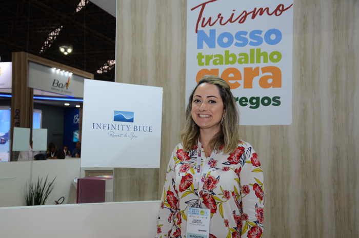 Juliana Campeoto, gerente de Vendas do Infinity Blue