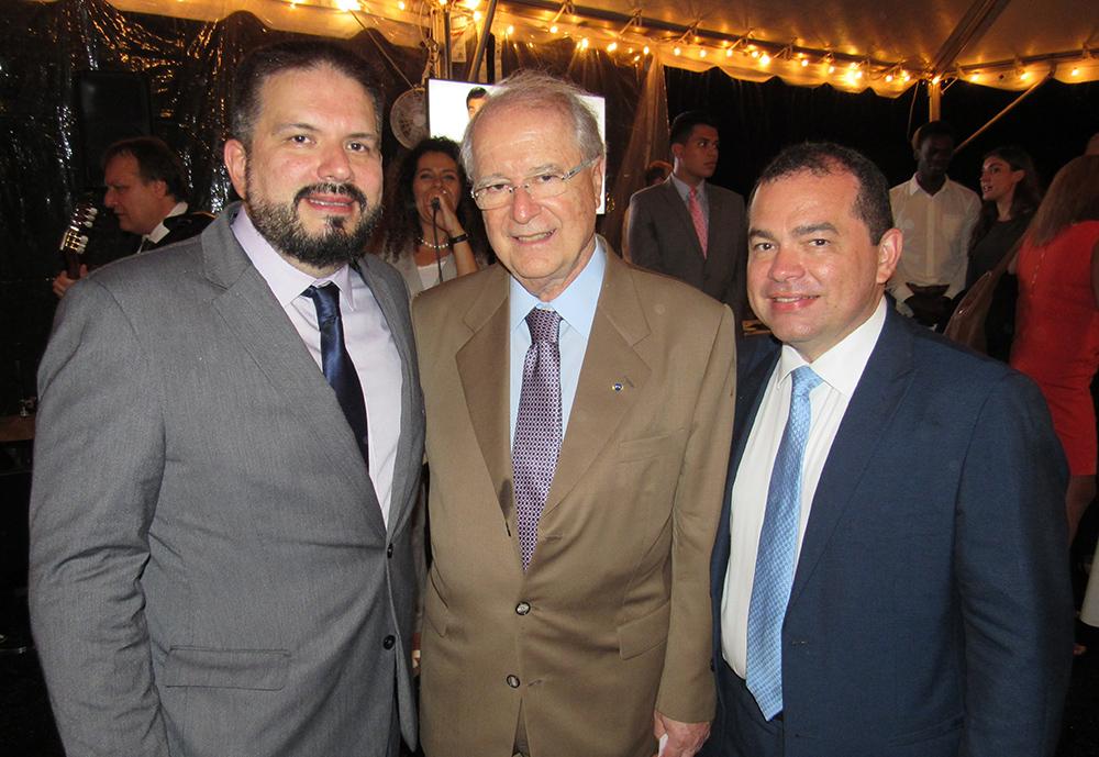 Nickolas Anjos, presidente do Amazonastur, e Sergio Amaral, Embaixador do Brasil dos EUA, participaram da ação