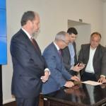 Assinatura do contrato de competitividade