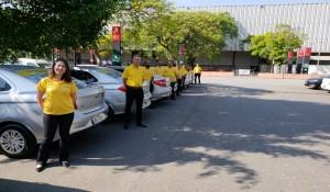 Equipe do Canal Multimarcas da CVC ganha veículos personalizados