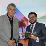 Gilson Lira, da Embratur, recebeu homenagem do governador Ricardo Coutinho
