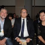Luiz Alberto Amorim, do Sebrae-PB, José Marconi, da Fecomércio-PB, e Yan Yuqing, cônsul geral da China no Recife