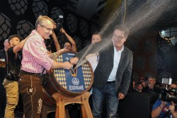 35ª edição da Oktorberfest de Blumenau (SC) deve receber 600 mil pessoas