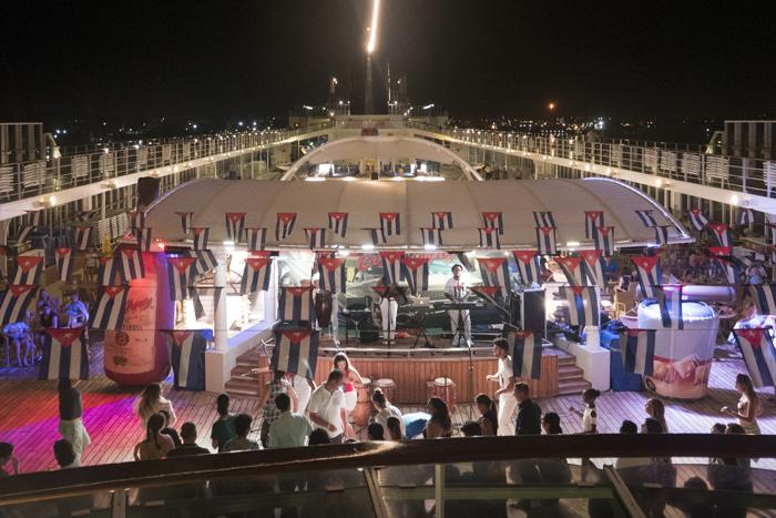 MSC Armonia terá itinerários de sete dias pelo Caribe com dois dias em Havana. A experiência a bordo inclui novas opções gastronômicas e de entretenimento com um toque cubano e americano.