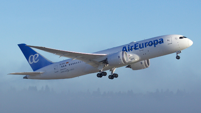 Air Europa takes delivery of its first 787 Dreamliner following a ceremony held at Boeing's 787 assembly site in North Charleston, South Carolina. (PRNewsFoto/Boeing)