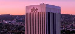 Accor expande oferta de luxo ao adquirir 50% do Grupo sbe Entertainment