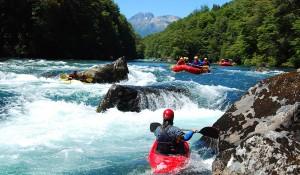 Bariloche divulga os esportes aquáticos para curtir o verão