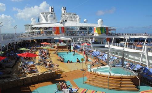 Symphony of the Seas: o maior navio de cruzeiro do mundo em 100 fotos