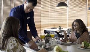 Campanha mostra a importância do turismo de eventos e negócios em Foz; vídeo