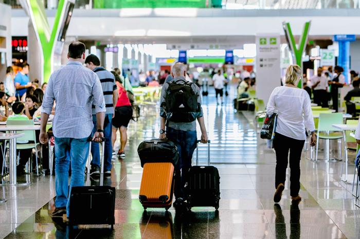 Expectativa da Inframerica é que 270 mil passageiros passem pelo aeroporto de Brasília no feriado