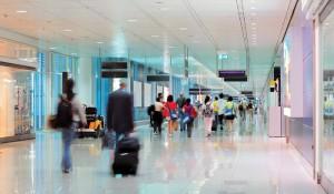 Aeroportos investem em tecnologia para melhorar atendimento aos passageiros