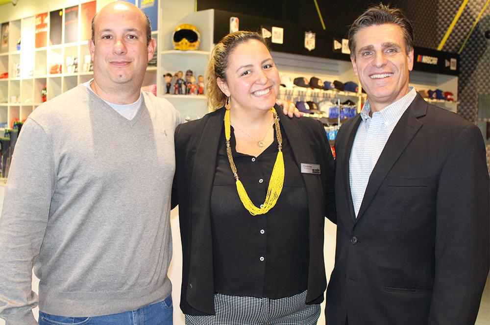 Alexander Haim, da R11, Cristina Figueiredo, do Nascar I Drive, e Patrick Yvars, do Visit Orlando