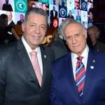 Alexandre Sampaio, da FBHA, e o senador Lasier Martins