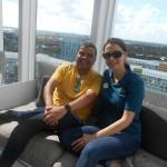 André Almeida, do Visit Orlando, com Juliana Mesanelli, da Universal