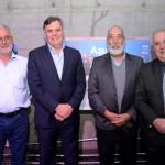 Antonio Carrasco, Gilberto Peralta, e Flavio Costa, da Azul, com Valdemar Porto, da Pratt & Whitney