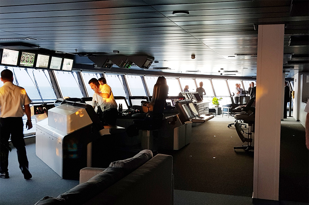 Cabine de comando do Symphony of the Seas