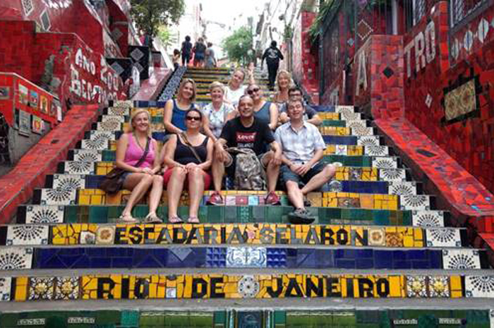 Agentes de viagem visitaram a Escadaria Selarón, no Rio de Janeiro