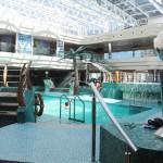 Há também as piscinas internas no Fantasia