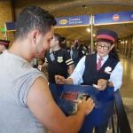 Jonas da Silva, da Azul, embarcando no Trem do Harry Potter